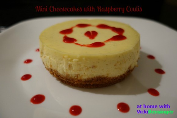 Mini Cheesecakes with Raspberry Coulis