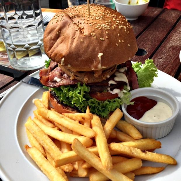 Winnie's Burger