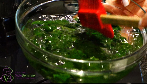 Basil olive oil 2a