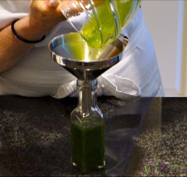 Basil olive oil 8a