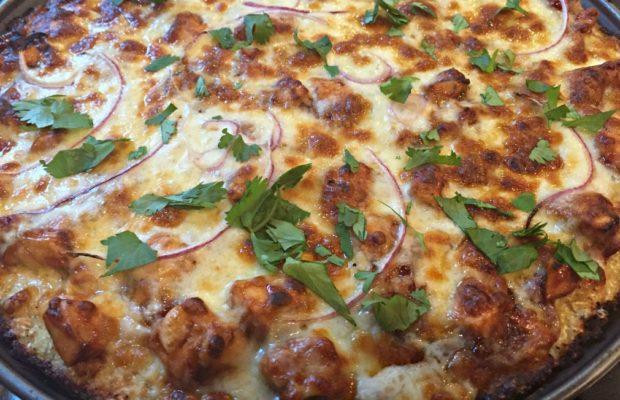 bbq-chicken-cauliflower-crusted-pizza