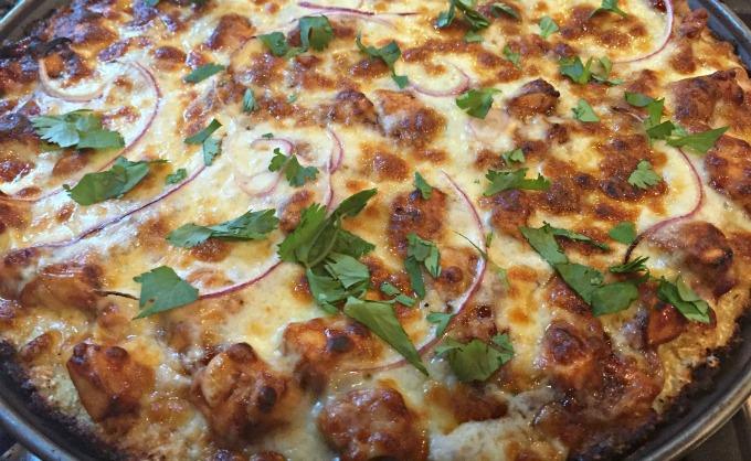 bbq-chicken-cauliflower-crusted-pizza-5ab
