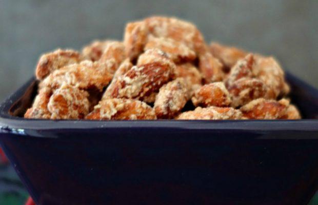 pumpkin-spice-candied-almonds