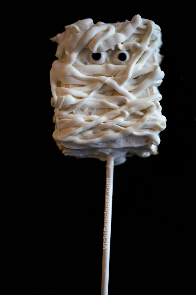 mummy-rice-krispy-treats-1a