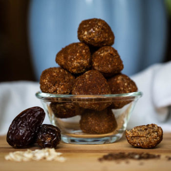 Oat, Dates, Almond Butter, Honey, and Flaxseed create this healthy treat